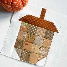 Free Quilt Pattern: Scrappy 6″ Acorn Block (Patchwork)