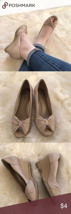 Cream Peep-toe wedges Worn no more than 5 times. Refer to pictures for condition. Life Stride Shoes Wedges
