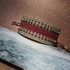 The CLEOPATRA Bracelet - HEMATITE Macrame Rings, Macrame Jewelry, Macrame Bracelets, Handmade Bracelets, Macrame Necklace, Handmade Jewelry, Macrame Design, Macrame Art, Chevron Friendship Bracelets