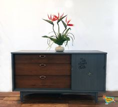 Bedroom Set in Antique Walnut & Flat Out Flat | General Finishes Design Center
