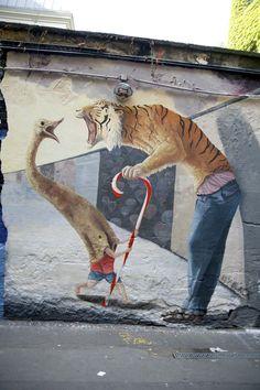 Sky Black Powerful Pictures, Berlin Mitte, Street Gallery, Christmas Humor, Christmas Nails, Christmas Crafts, Pop Surrealism, Street Art Graffiti, Banksy