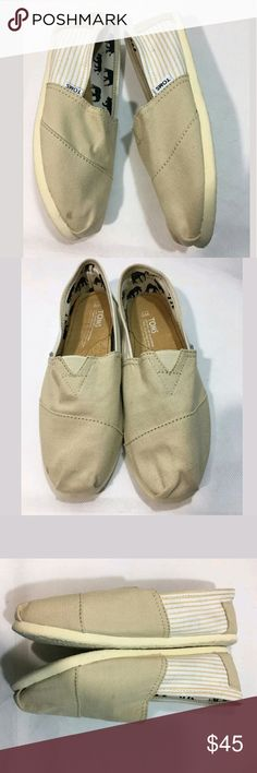 Toms Shoes Size 9 Classic Flats Canvas Sneakers Toms Shoes Women's Size 9 Classic Flats Canvas Sneakers Stripes Cream   Excellent used condition. Small stain at toe.   AB Toms Shoes Sneakers