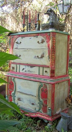 love - Whispering Pines Antiques and Decor Distressed Furniture, Funky Furniture, Recycled Furniture, Paint Furniture, Furniture Projects, Furniture Making, Furniture Makeover, Vintage Furniture, Distressed Dresser