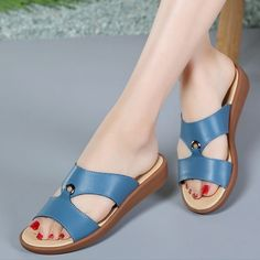 a42e640a3b5 Women s shoes sandals 2019 fashion flat with breathable shoes genuine  leather pigskin mature classic sandal large size Price history.