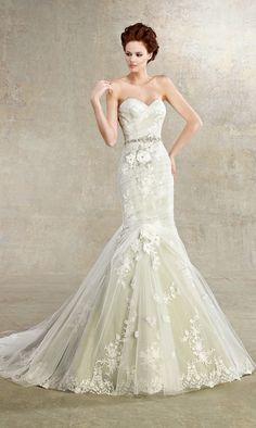 Los mejores vestidos de novia de la semana   Colección Kitty Chen