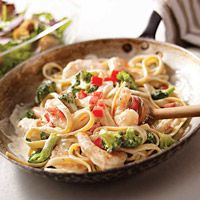 Easy Shrimp & Broccoli Fettuccine