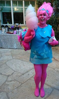 I am going to share with you several fabulous Trolls birthday party ideas that your kids will just flip for. From Trolls party decorations to Trolls party favors, we've got you covered including some fancy ideas from DreamWorks. Troll Halloween Costume, Halloween Costumes For Teens, Diy Costumes, Group Halloween, Women Halloween, Halloween Halloween, Costume Ideas, Trolls Birthday Party, Troll Party