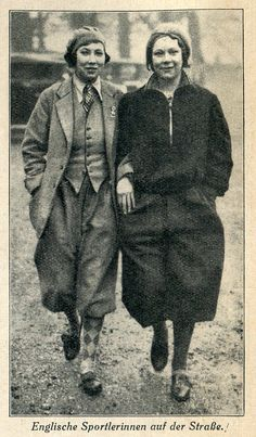 """Picture from """"Der Schneidermeister"""" 1931. The article mentions that the sight of women in plus fours (on the street!) would be unusual in germany but increasingly normal in London."""