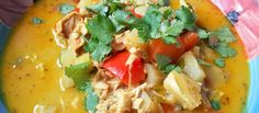 Kyllingsuppe med sting - All den rare maten Thai Red Curry, Ethnic Recipes, Food, Meal, Eten, Meals
