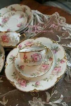 Vintage teacups!