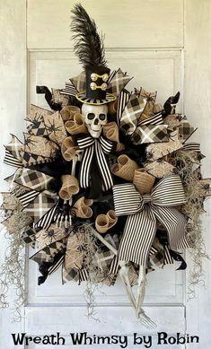 Halloween Door Wreaths, Halloween Deco Mesh, Skeleton Decorations, Halloween Decorations, Halloween Ideas, Wreath Fall, Ticking Stripe, Halloween Skeletons, Wreath Crafts