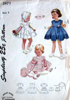 1950 scalloped dress