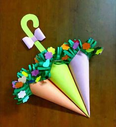 44 easy valentine crafts for kids to makeumbrella flower bouquet - My siteImage gallery – Page 475833516877794670 – ArtofitHow to Make Paper Flower Bouquets with Free Printable Vases Valentine's Day Crafts For Kids, Mothers Day Crafts, Art For Kids, Diy And Crafts, Valentine Crafts For Kids, Valentines Diy, Easter Crafts, Saint Valentine, Valentine Bouquet