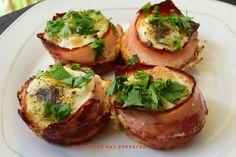 Φωλίτσες με μπέικον & αυγά στον φούρνο !!! ~ ΜΑΓΕΙΡΙΚΗ ΚΑΙ ΣΥΝΤΑΓΕΣ Wine And Cheese Party, Wine Cheese, Baked Potato, Food And Drink, Cooking Recipes, Eggs, Breakfast, Ethnic Recipes, Blog