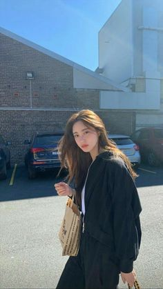 Korean Girl Fashion, Ulzzang Fashion, Korean Street Fashion, Look Fashion, Urban Fashion, Fashion Outfits, Fashion Hacks, Classy Fashion, 80s Fashion