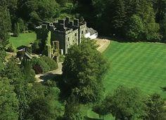 Clan Donald Skye Visitor Centre - Castle estate, gardens and visitor centre