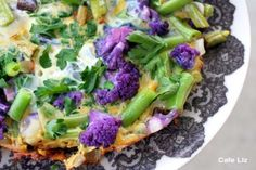 Spring frittata with purple cauliflower and green beans *Purple foods contain anthocyanins which may have disease-fighting benefits that reduce the risk of heart disease, diabetes and cancer. Purple Cauliflower, Broccoli Cauliflower, Cauliflower Recipes, Bean Recipes, Healthy Recipes, Savoury Recipes, Healthy Food, Purple Vegetables, Beans Nutrition