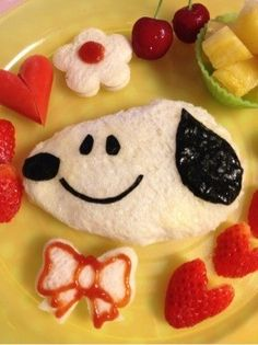 SNOOPY breakfast.....I am definitely making this next time my boys come home to visit..haha!!