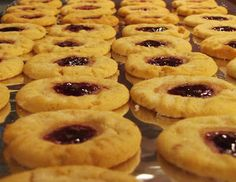 Rumbly In My Tumbly: Peanut Butter and Jelly Cookies