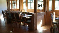 Een mooie nieuwe extra zithoek. ☺De zithoeken van het restaurant Sonnenlicht zijn enorm favoriet bij de huisgasten. Tree Branches, Art Pieces, Restaurant, Hu Ge, Sunlight, Essen, Diner Restaurant, Artworks, Supper Club