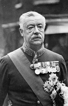 Rudolph Lambart, Earl of Cavan British Army Uniform, British Uniforms, Military Gear, Military Uniforms, Irish Free State, British Nobility, House Of Lords, Nobel Prize In Literature, Chivalry
