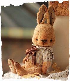 Крольчишечка, такой вот паренёчек - мечтающий о море))))) Показываю вместе с куколкой которую потихоничку привожу в порядок - соб...