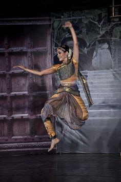 Bharatanatyam by Rukmini Vijaykumar