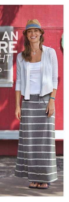 I LOVE this maxi skirt look!!!