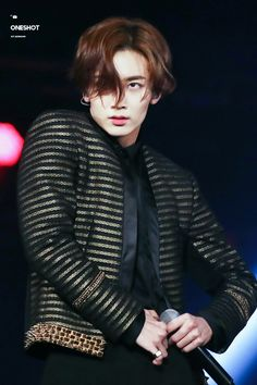 That stare!  oolala #Jeonghan #17