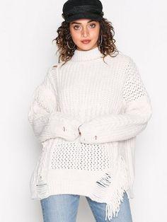 """alt av kjoler/gensere/skjørt osv i morsomme farger/mønstre.    Str 38/40 M/L, kommer ann på om de ser """"store eller små"""" ut i størelsen :P    Her eksempel fra nelly"""