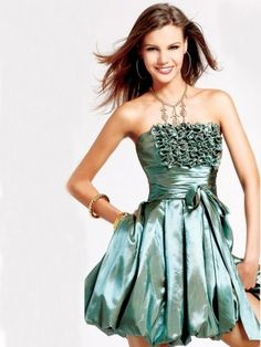 Style A-line Strapless Ruffles Sleeveless Short / Mini Taffeta Green Cocktail Dress / Homecoming Dress #cocktail dress/homecoming dress #mini #fashion #sleeveless