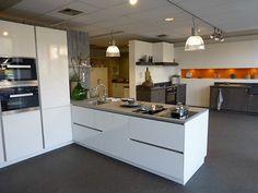 Moderne keuken scorpio zand beige keuken