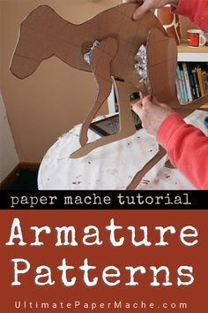 Make Easy Armature Patterns for Paper Mache Animals It's easy to get the proportions right, from the start, if you use patterns inside your paper mache animal sculptures. It's the fastest way to create an armature, using a photo or drawing as a model. Paper Mache Diy, Paper Mache Projects, Paper Mache Sculpture, Clay Projects, Diy Paper, Paper Art, Paper Crafts, Paper Mache Crafts For Kids, Paper Sculptures