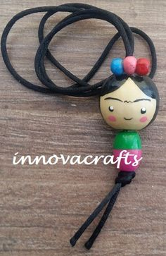 Cute Crafts, Crafts To Do, Bead Crafts, Wood Peg Dolls, Clothespin Dolls, Wooden Pegs, Wooden Diy, Wooden Bead Necklaces, Tiny Dolls