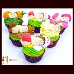 Babies www.facebook.com/sugaholic.cakes