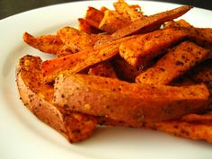 "love my sweet potato ""fries"".Baked Sweet Potato Fries - one serving is only 81 calories! cut up sweet potatoes, toss the wedges with cooking spray, seasonsalt, and pepper, and bake at 400 degrees for about 20 minutes. Think Food, I Love Food, Good Food, Yummy Food, Healthy Snacks, Healthy Eating, Healthy Recipes, Healthy Fats, Easy Recipes"