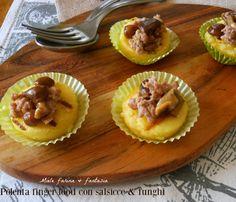 Dischi+di+polenta+con+salsicce+e+funghi
