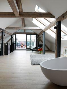 Attic | Bath | Balcony | Modern | Design | White | Decor | Terrace | ted anya / haus freiburg