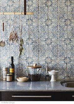 love this pattern tile | kitchen backsplash ideas
