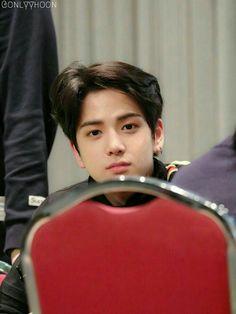 """""""Pak Seungwoo ngapain ada di apartemen saya?""""  """"Lah, saya kan suami k… #fiksipenggemar # Fiksi Penggemar # amreading # books # wattpad Ulzzang, Saranghae, Kim Young, Eunwoo Astro, Ideal Man, Fandom, Cha Eun Woo, Taehyung, Cute Korean"""