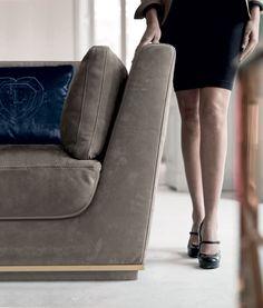 Longhi Nobu Sofa