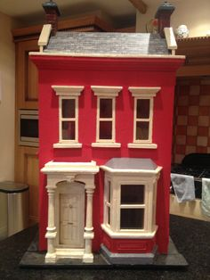The Front (lovely early 1900's dolls house)