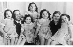 Dionne quintuplets with their parents in 1940.