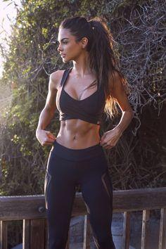 Sophia Miacova in jogging outfit - Miladies.net