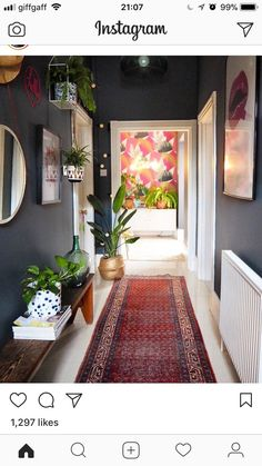 Trendy House Interior Dark Hallways IdeasTrendy House Interior Dark Hallways really useful hallway decor ideas by interior designers and really useful hallway decorating ideas from interior designers and non floor decorating Flur Design, Home Design, Home Interior Design, Nest Design, Design Ideas, Decor Room, Living Room Decor, Diy Home Decor, Bedroom Decor