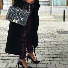 83b84ede3ab Labellov Shop Authentic Vintage Luxury Designer Handbags Online. Vind  tweedehands designer handtassen, kleding, juwelen, accessoires.