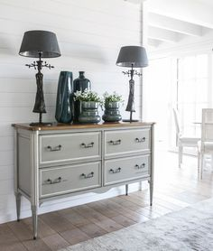 Ermitage Chest of 4 drawers (L 53 ¼ x H 34 ¼ x D 18 ½)