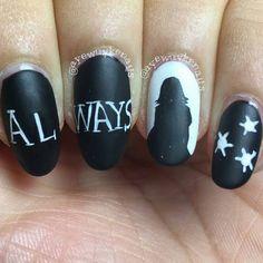 58 Harry Potter Nail Art Ideas That Are Pure Magic Harry Potter Nail Art Ideen, die pure Magie sind Harry Potter Nails Designs, Harry Potter Makeup, Harry Potter Nail Art, Nail Art Designs, Pretty Nail Designs, Us Nails, Hair And Nails, Starrily Nail Polish, Polish Nails