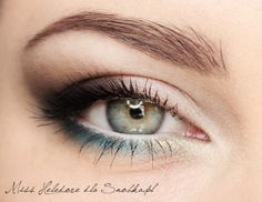 So pretty! I love the softness of the dark brown wing and smokey eye. It is paired beautifully with blue and a very subtle yellow on the inner corner.