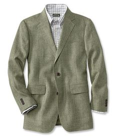 Versatile and distinctive, our mens silk tweed jacket looks great over any travel outfit. Tweed Blazer Men, Grey Flannel Trousers, Tweed Men, Tweed Sport Coat, Tweed Jacket, Sport Coats, Khaki Shorts, Blazers, Cool Suits